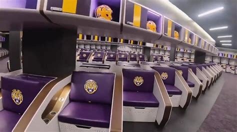 LSU locker room: How does it compare to others in CFB