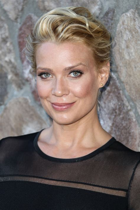 Laurie Holden - Laurie Holden Photos - Arrivals at the