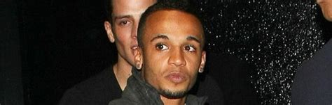"""JLS Send Olly Murs Birthday Wishes: """"Have A Great Day Pal"""