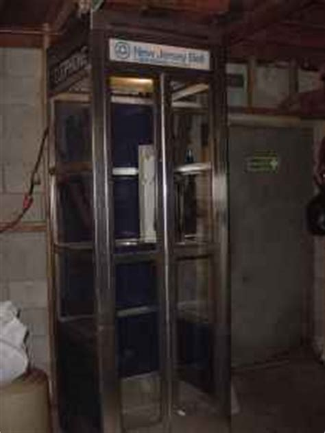 Vintage Pay Phone Booth « Obnoxious Antiques