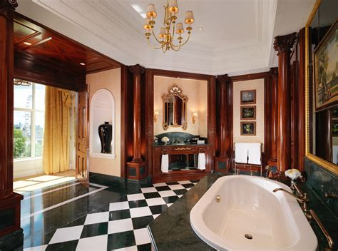 The Savoy Royal Suite: Butlers, hairdressers and make up