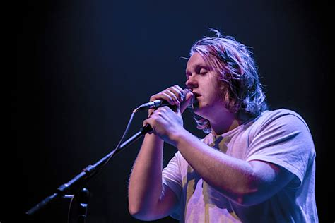 Lewis Capaldi Live at Park West [GALLERY] - Chicago Music