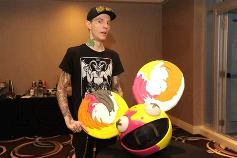 X-VERTIGO Tries To Troll Deadmau5